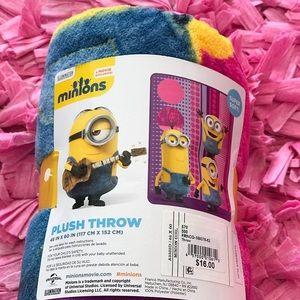 Other - The minions plush throw